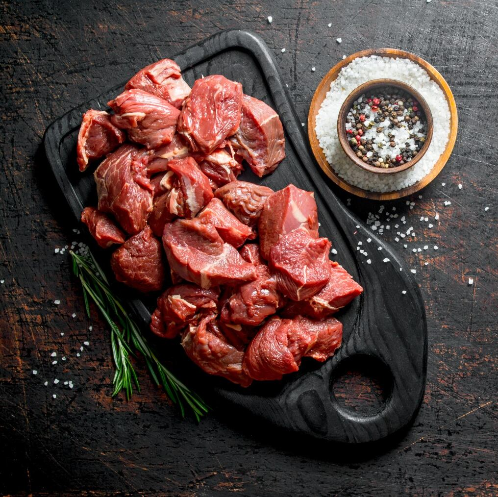 Delicious Diced Beef Lean Steak Pieces Perfect For Making Home Cooked Pies, Stews Or Meaty Kebabs 500 g 🐂 1